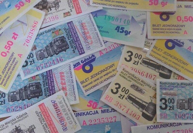 Fragment kolekcji biletów komunikacji miejskiej własności Anity Płonowskiej