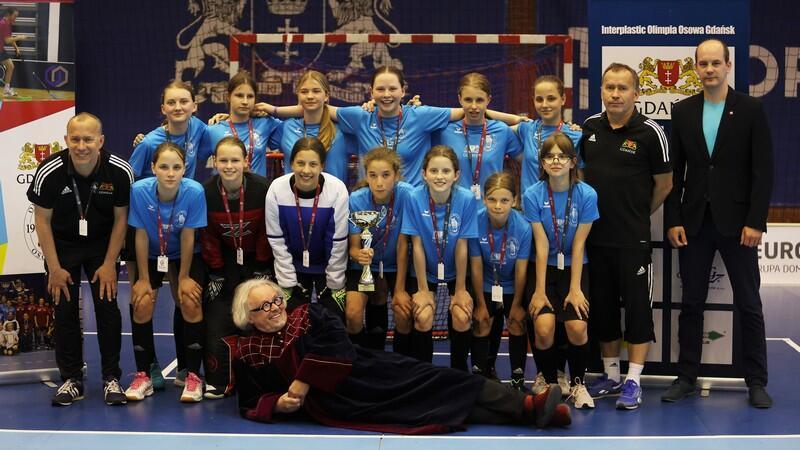 Radość młodziczek Interplatic Olimpia Osowa Gdańsk