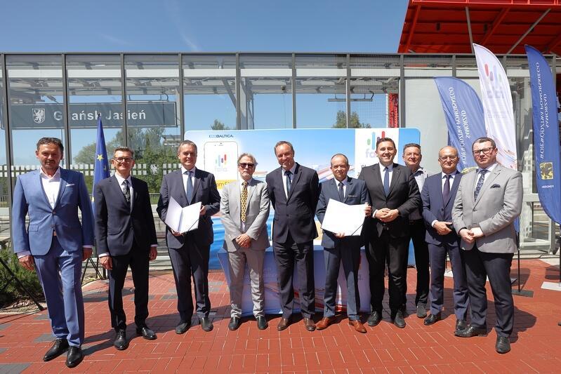 Podpisanie umowy z głównym wykonawcą systemu FALA nastąpiło 13 czerwca 2021. System ma być gotowy do działania za rok