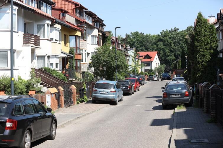 W piątek dyskutowano nad problemem parkowania na tzw. osiedlu muzycznym przy ul. Harfowej