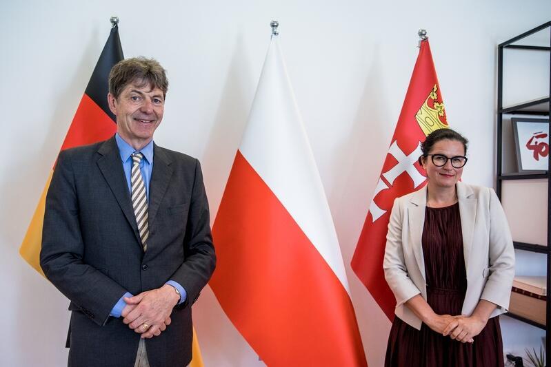 Ambasador Niemiec Arndt Freytag von Loringhoven z wizytą u prezydent Aleksandry Dulkiewicz w Urzędzie Miejskim w Gdańsku; poniedziałek, 21 czerwca 2021 roku