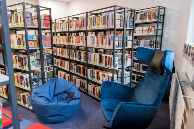 Biblioteka Lawendowa przy Szkole Podstawowej nr 6 na Jasieniu - nowe miejsce spotkań z kulturą