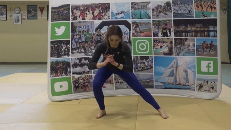 Ćwiczenia wzmacniające z naciskiem na dolne partie mięśni
