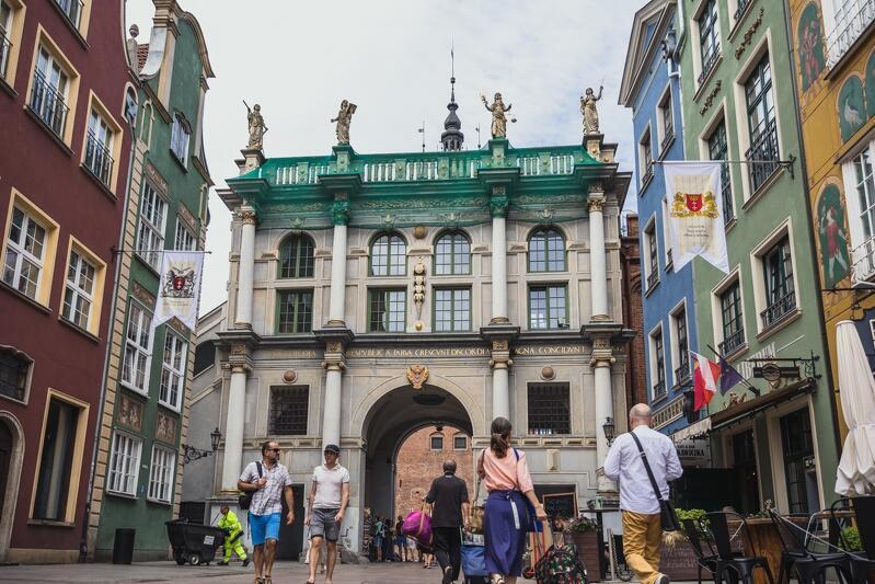 Złota Brama (od strony ul. Długiej) - wśród symboli Gdańska może się z nią równać tylko Żuraw i Fontanna Neptuna