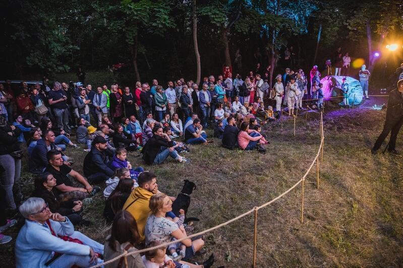 Spektakl na Pogańskiej Górze obejrzała licznie zgromadzona publiczność