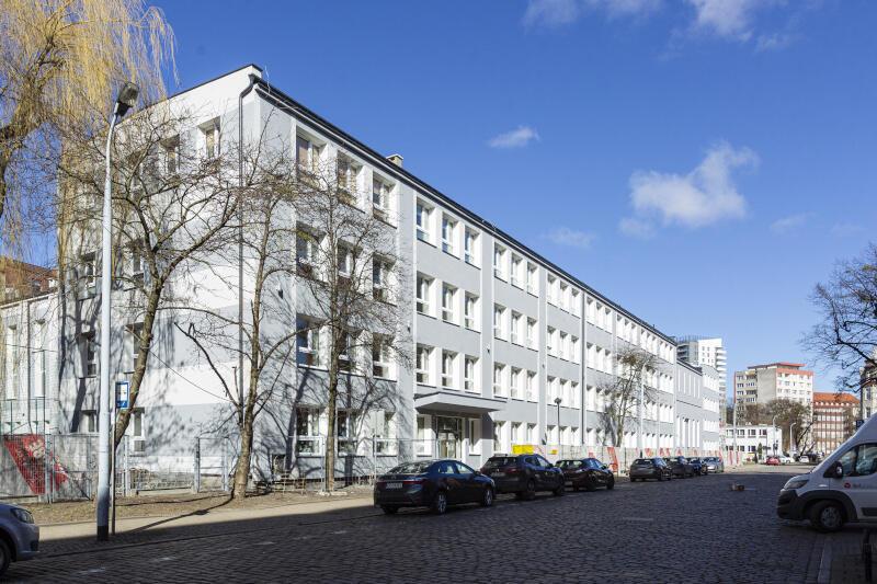 Stowarzyszenie działa w budynku Ogólnokształcącej Szkoły Muzycznej I i II stopnia im. Feliksa Nowowiejskiego w Gdańsku, przy ulicy Gnilnej