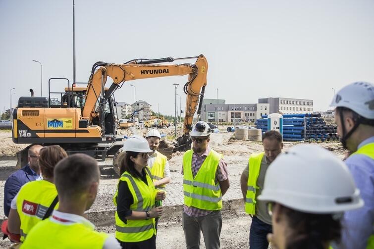 Gospodarska wizyta prezydent Gdańska Aleksandry Dulkiewicz na placu budowy nowego torowiska w tzw. Nowej Warszawskiej