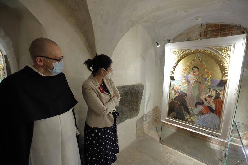 Na wystawie zobaczyć można m.in. najcenniejsze, ukryte dotąd przed okiem publiczności skarby konwentu gdańskiego, mieszczącego się w zabytkowym kościele św. Mikołaja