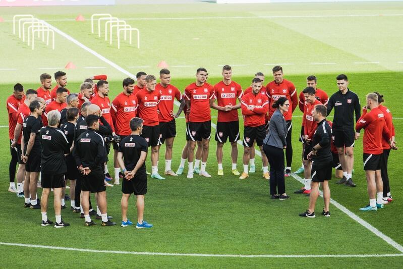 15 czerwca 2021, drugi otwarty trening reprezentacji Polski podczas EURO 2021. Piłkarzy odwidziła prezydent Gdańska Aleksandra Dulkiewicz