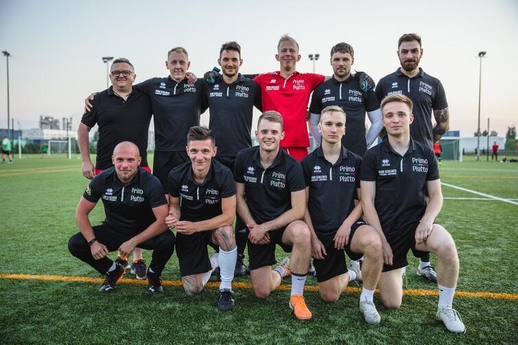 Drużyna z Ujeściska-Łostowic liczy w sumie 18 piłkarzy, jednak na każdym meczu jej skład nieco się różni