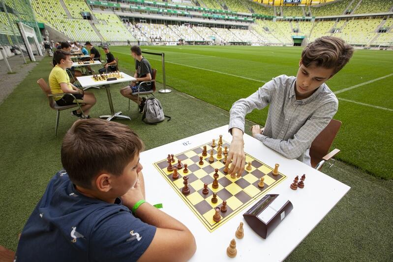 """Polsat Plus Arena Gdańsk. Turniej szachowy """"Stadion Szachowy na Murawie"""