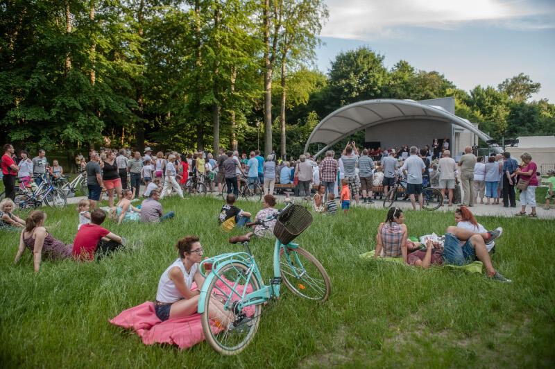 Gdański Amfiteatr Orana jest jednym z miejsc, w których zobaczymy w sierpniu spektakle Teatru Miniatura. Instytucja ponadto zaprasza na Targ Rybny oraz na Chełm i na Żabiankę