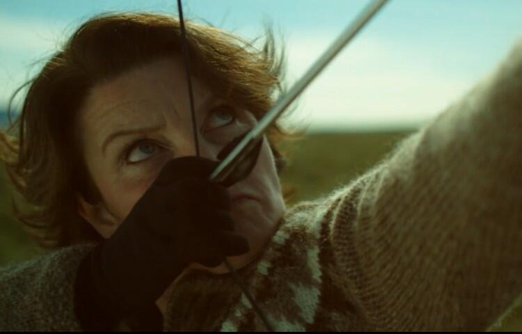 Bohaterka filmu Kobieta idzie na wojnę  wypowiada walkę potężnemu koncernowi, który stanowi zagrożenie dla islandzkiego środowiska. Film zobaczymy w KinoPort CSW Łaźnia w niedzielę, 30 lipca, o godz. 21.30