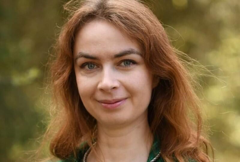 Dr Katarzyna Simonienko od wielu lat związana z Puszczą Białowieską, popularyzuje wiedzę o wywodzących się z Japonii kąpielach leśnych, a swoim pacjentom przepisuje las na receptę