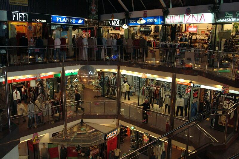 Centrum handlowe Wielki Młyn, rok 2003