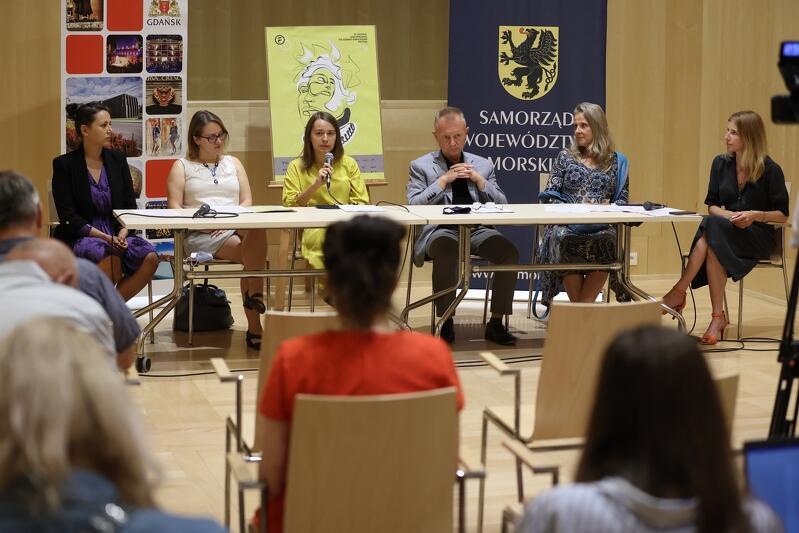 Zespół Gdańskiego Teatru Szekspirowskiego został bez kapitana, ale płynie dalej. Program tegorocznego festiwalu jest realizowany zgodnie z wytycznymi profesora Limona