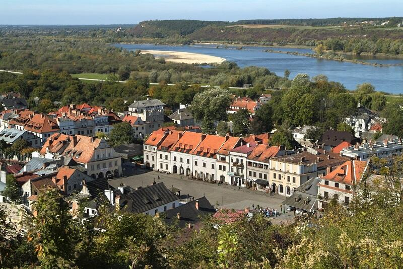 Kazimierz Dolny, widok na miasto i Wisłę z Góry Trzech Krzyży