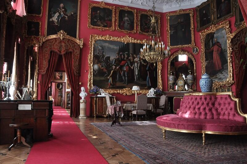 Wnętrza pałacu Zamoyskich w Kozłówce