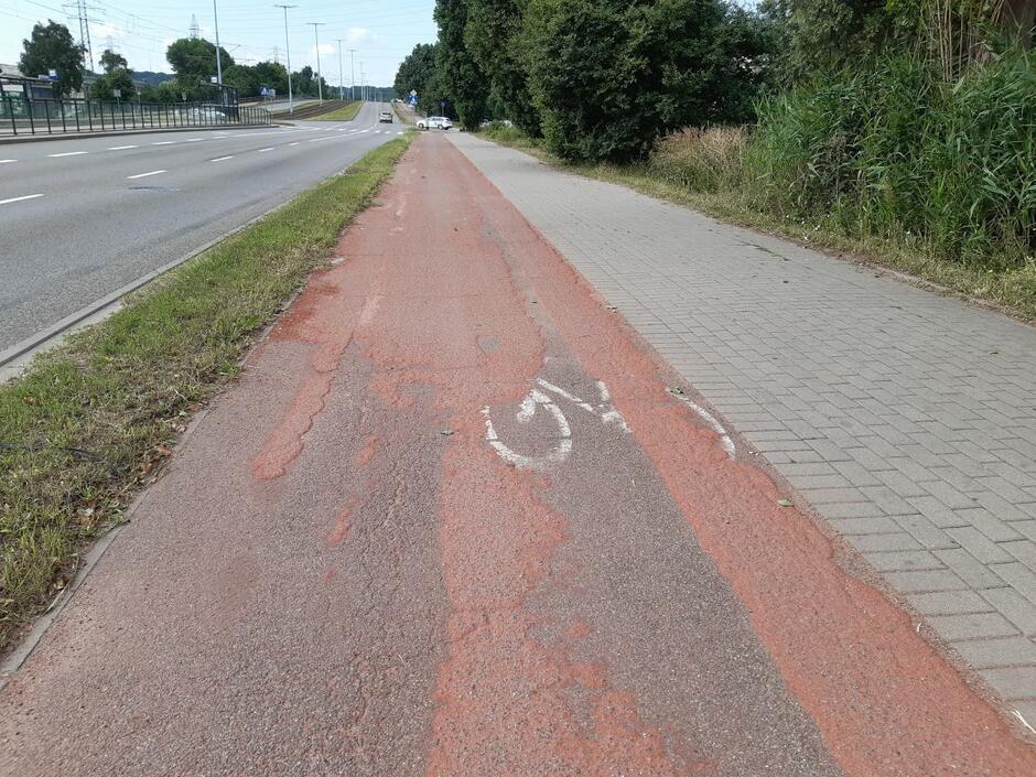 Gdański Zarząd Dróg i Zieleni rozpoczyna w poniedziałek remont odcinka drogi rowerowej wzdłuż ul. Marynarki Polskiej