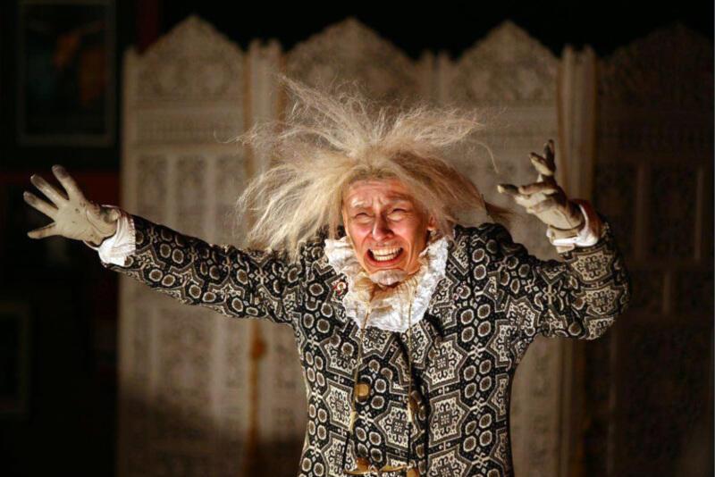 """""""Poor, poor Lear"""" - reż. Katja Krohn. Spektakl w ramach 25. Festiwalu Szekspirowskiego zobaczymy 3 sierpnia na scenie Starej Apteki"""