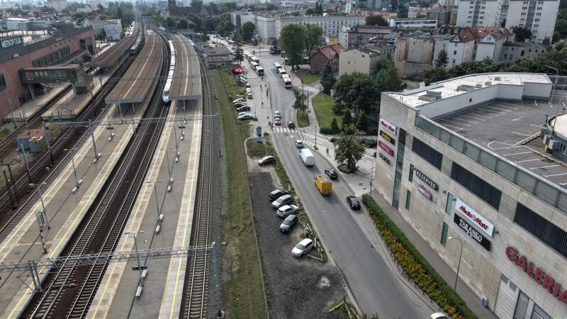 Węzeł w Gdańsku Wrzeszczu zmieni się: przybędą m.in. parking rowerowy oraz owocowe drzewa i krzewy, zmieni się układ drogowy
