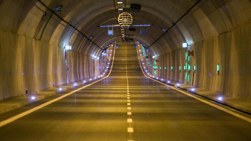 W tunelu pod Martwą Wisłą zamknięta będzie rura w stronę Stogów