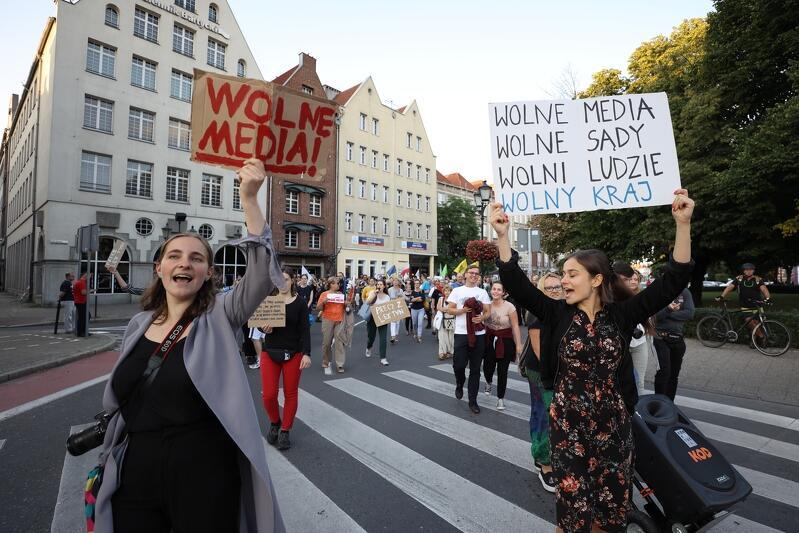 Gdańsk w obronie wolnych mediów! - w czwartek odbyła się kolejna manifestacja