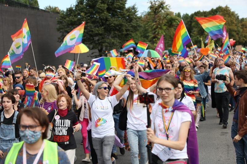 - Cieszymy się, że po raz kolejny możemy świętować dzień, w którym celebrujemy wolność, równość, szacunek i wsparcie - przywitała uczestników organizatorka ze Stowarzyszenia Tolerado