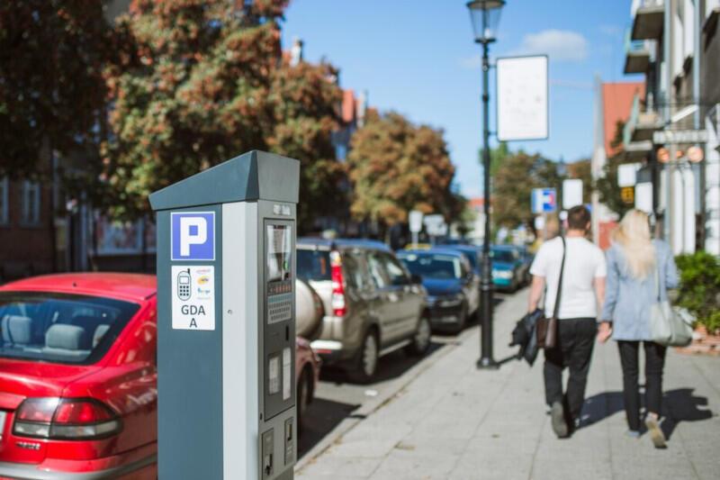Gdańscy radni uchwalili trzy ważne zmiany w obszarze płatnego parkowania, które wkrótce wejdą w życie