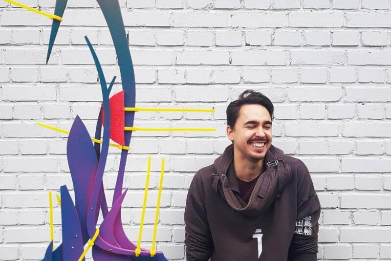 Norbert Delman to młody, ale niezwykle ceniony artysta, z dużym dorobkiem w Polsce i za granicą