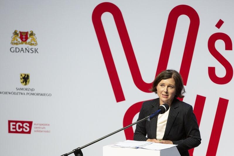 Věra Jourová podczas wtorkowego wystąpienia w ECS