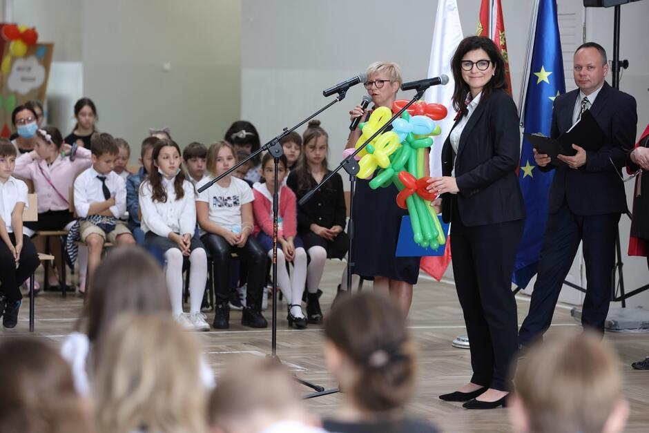 Inauguracja roku szkolnego 2021/2022 w SP nr 8 na gdańskim Chełmie