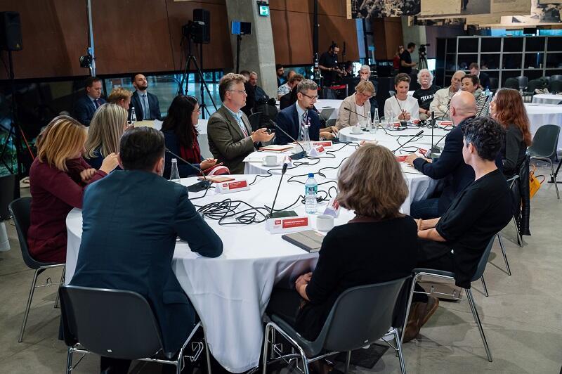 """Seminarium """"Europa obywateli""""/Dyplomacja obywatelska w Europie Środkowo - Wschodniej odbyło się 1 września 2021 roku w Europejskim Centrum Solidarności w Gdańsku"""