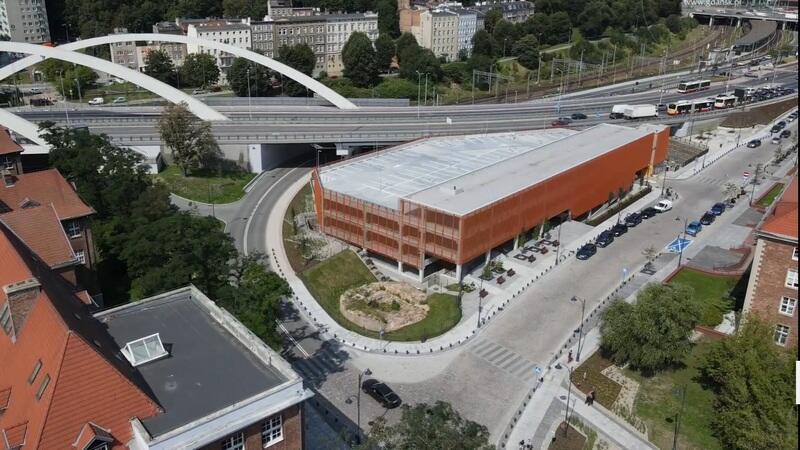 Na nowy parking kubaturowy będzie można wjechać od strony Urzędów Marszałkowskiego i Wojewódzkiego