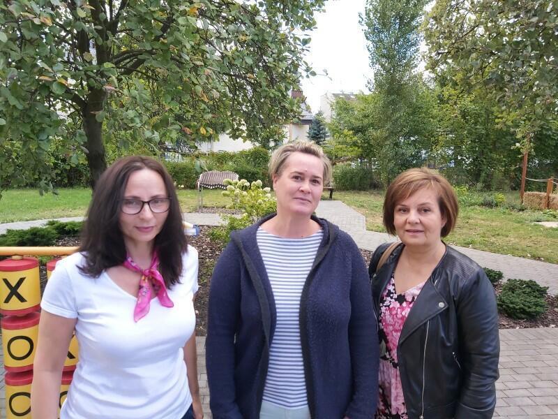 Nz. Ewa Olewicz (od lewej), Honorata Brodnicka, Jolanta Szuszkowska-Olechnowicz z zespołu ds. FASD w Gdańskim Ośrodku Pomocy Psychologicznej dla Dzieci i Młodzieży