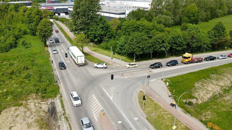 Skrzyżowanie ul. Kartuskiej z ul. Nowatorów jest kolejnym etapem rozbudowy ulicy Kartuskiej