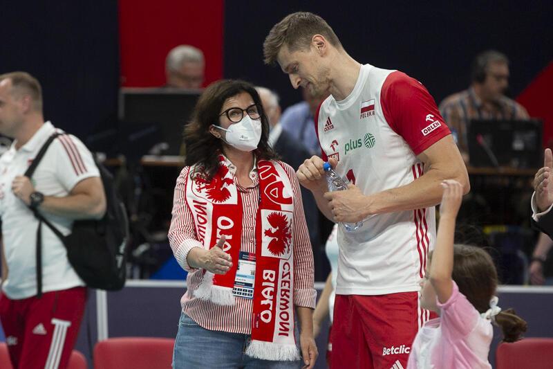 Przed meczem prezydent Gdańska Aleksandra Dulkiewicz ucięła sobie pogawędkę z Piotrem Nowakowskim, który jeszcze całkiem niedawno był zawodnikiem Trefla