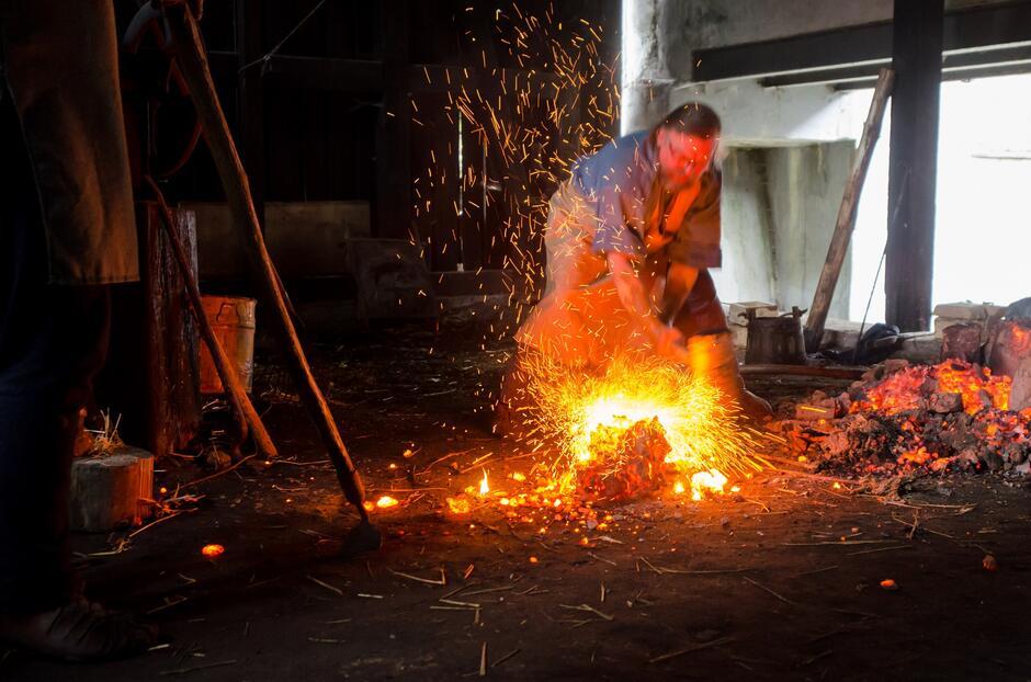 Mistrzowie kowalstwa artystycznego pochwalą się swoim talentem w Kuźni Wodnej ostatni raz w tym sezonie w sobotę, 18 września