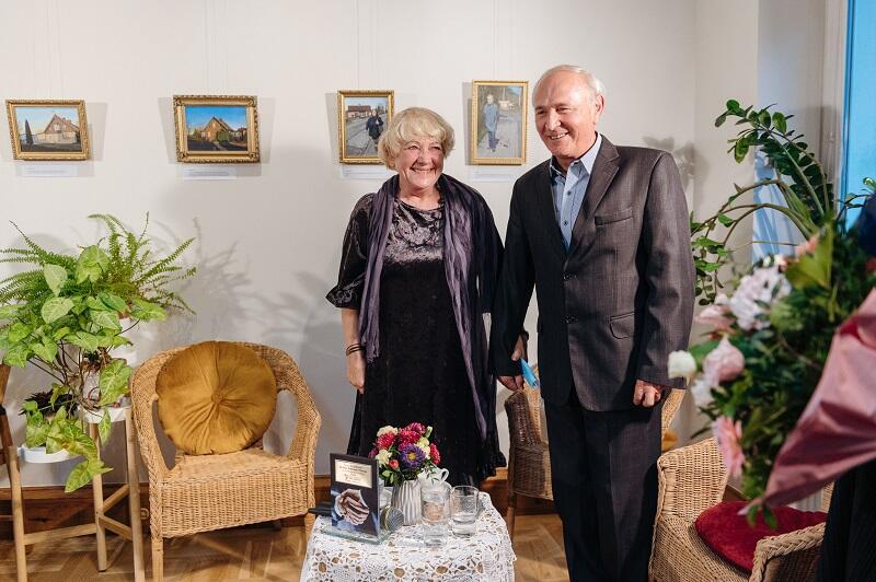 Waldemar Nocny z żoną Jadwigą - benefis 40-lecia działalności literackiej gdańskiego autora odbył się na jego ukochanej Wyspie Sobieszewskiej