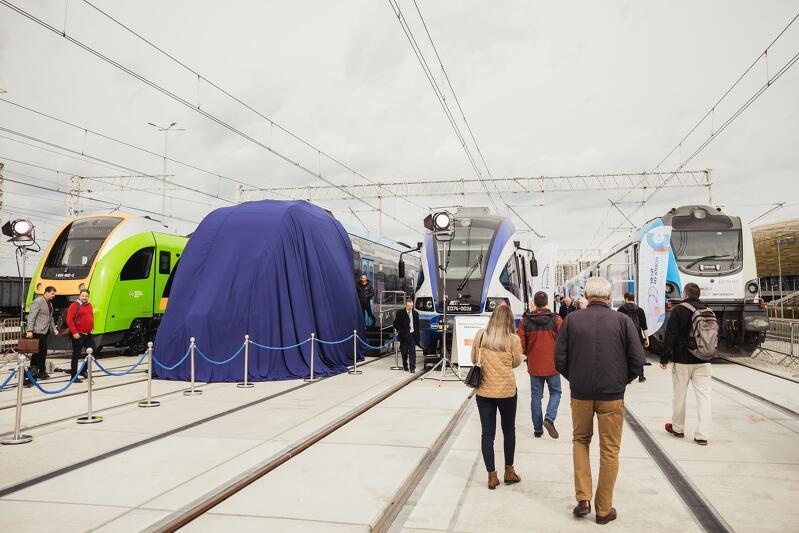 Tabor kolejowy podczas 14. edycji TRAKO prezentowany był po raz pierwszy w nowej przestrzeni torów wystawienniczych stacji Gdańsk Zaspa Towarowa