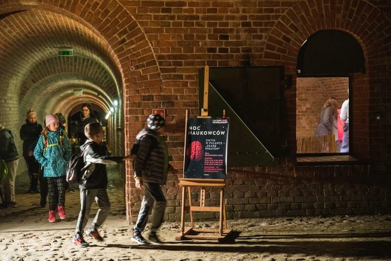 Europejska Noc Naukowców w Hevelianum ma już swoją kilkuletnią tradycję (nz. edycja z 2018 roku)