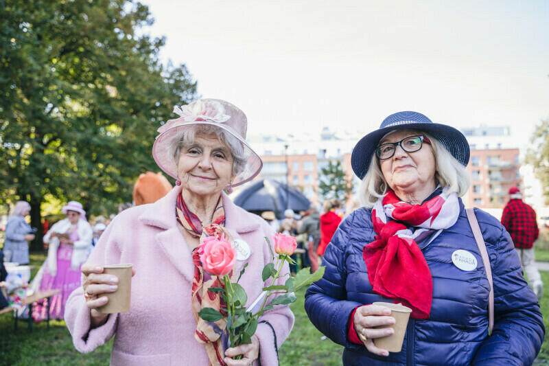 - Gdańsk jest miastem bardzo przyjaznym seniorom - mówią panie Janina i Daniela, które uczestniczyły w paradzie