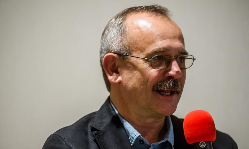 Wojciech Jagielski, jeden z najlepszych polskich reporterów wojennych i reportażystów, spotka się z gdańszczanami w środę, 6 października 2021 r., w siedzibie Bibliotece Głównej na Targu Rakowym oraz online na FB instytucji