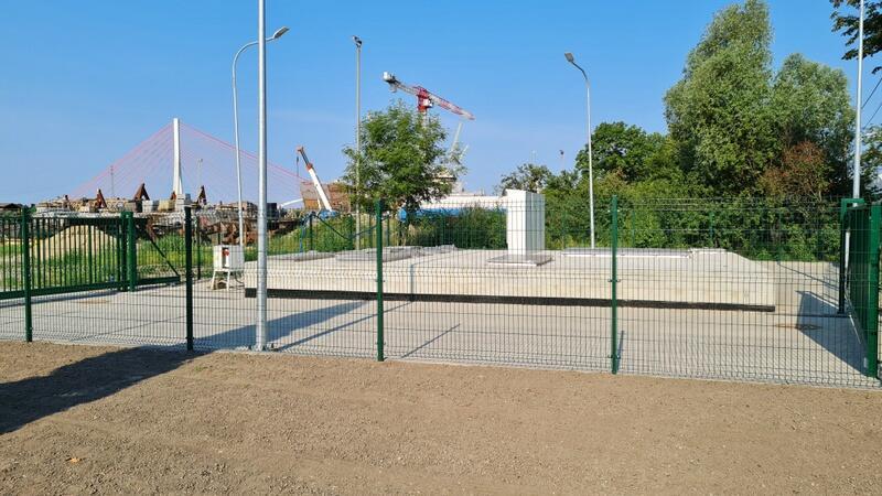 Ten niepozorny obiekt ma zapobiegać lokalnym podtopieniom w dzielnicy Stogi
