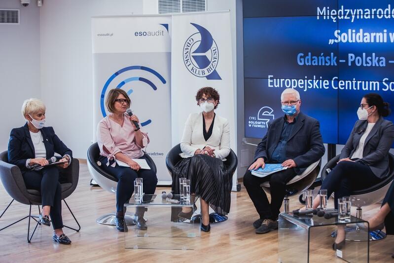 Solidarni w rozwoju. Gdańsk - Polska - Europa - Świat to cykl czterech spotkań. Jedno z nich odbędzie się w poniedziałek, 18 października, w Europejskim Centrum Solidarności