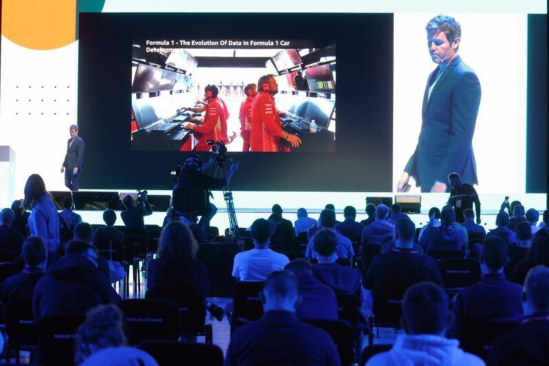 Rob Smedley, ekspert data science z drużyny Formuły 1 na DevTrends Stage Infoshare 2021