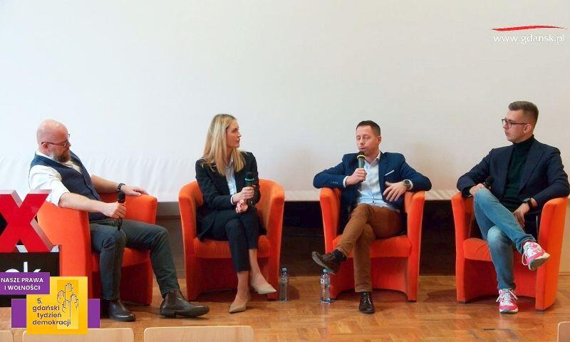 Debata pracodawców na UG. Nz.od lewej Marek Ostrowski, Natalia Bogdan, Bartosz Trzesicki oraz Miłosz Wojtyna