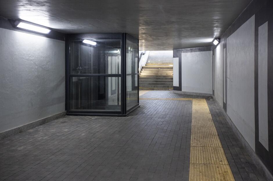 tunel_okopowa_torunska_15_1200x799.JPG