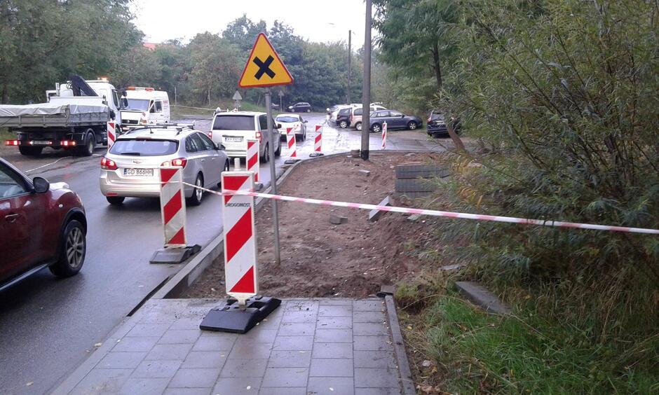 Budowa chodnika na ul. Nowej Medyków potrwa do końca listopada