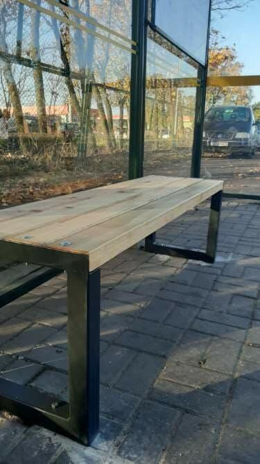 Nowe ławki zamontowane zostaną do końca listopada